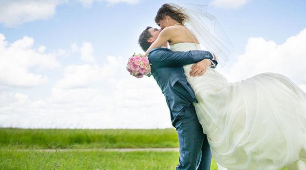Small_trouwen_lente_bruiloft