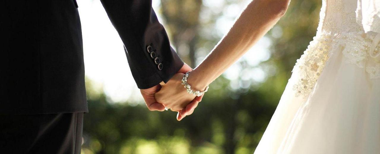 Large_trouwen_huwelijk_verzekering_bruiloft