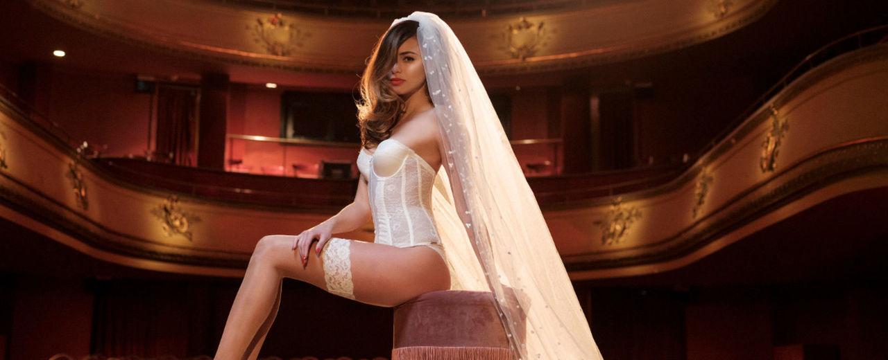 Large_bruidslingerie_accessoires_poirier