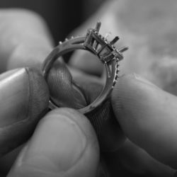 Big_bruidssieraden_diamondsbyme_trouwringen_11