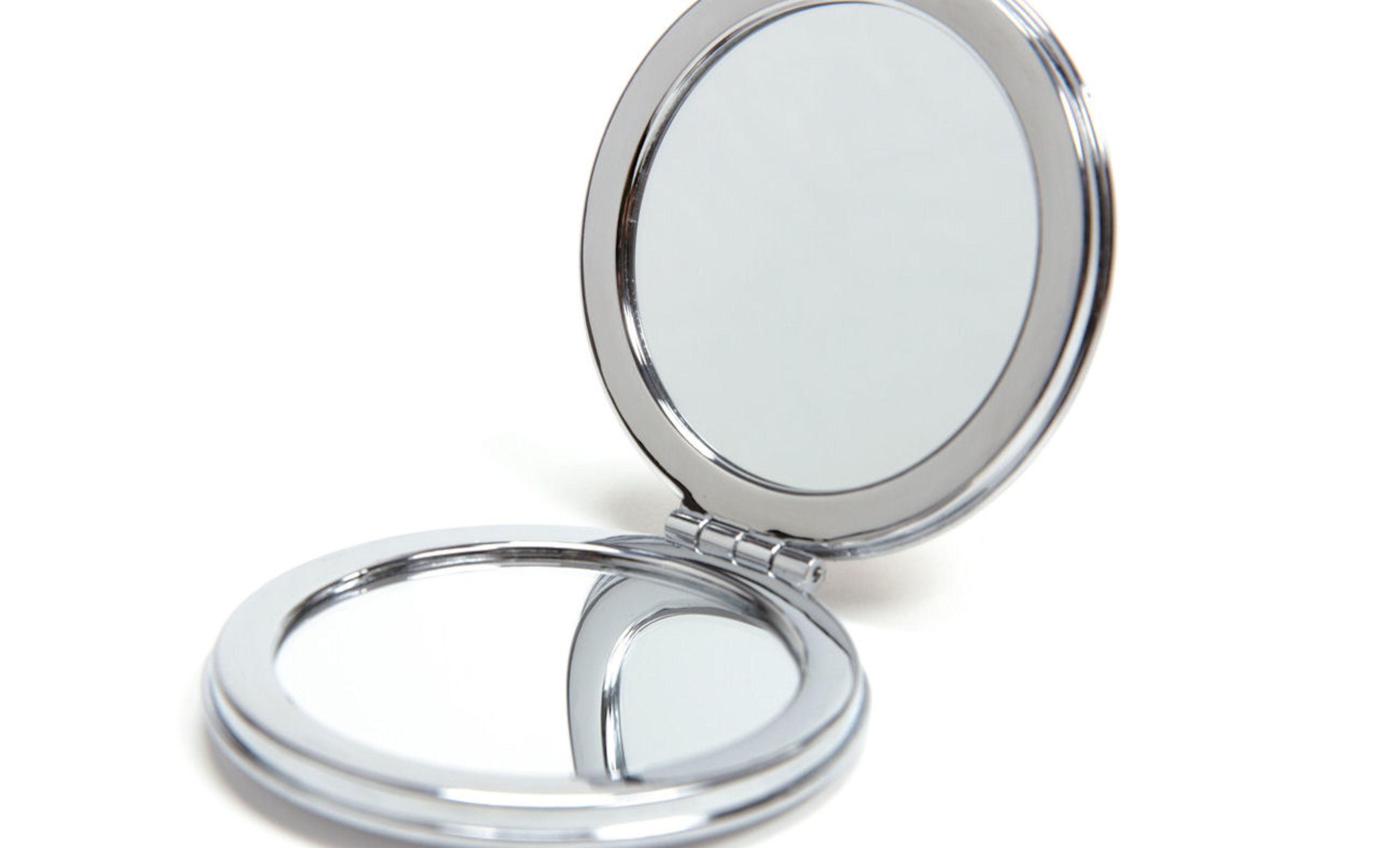 Spiegeltje in trouwtasje