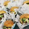 Mid_bruiloftcatering_lumineux_hamburgers