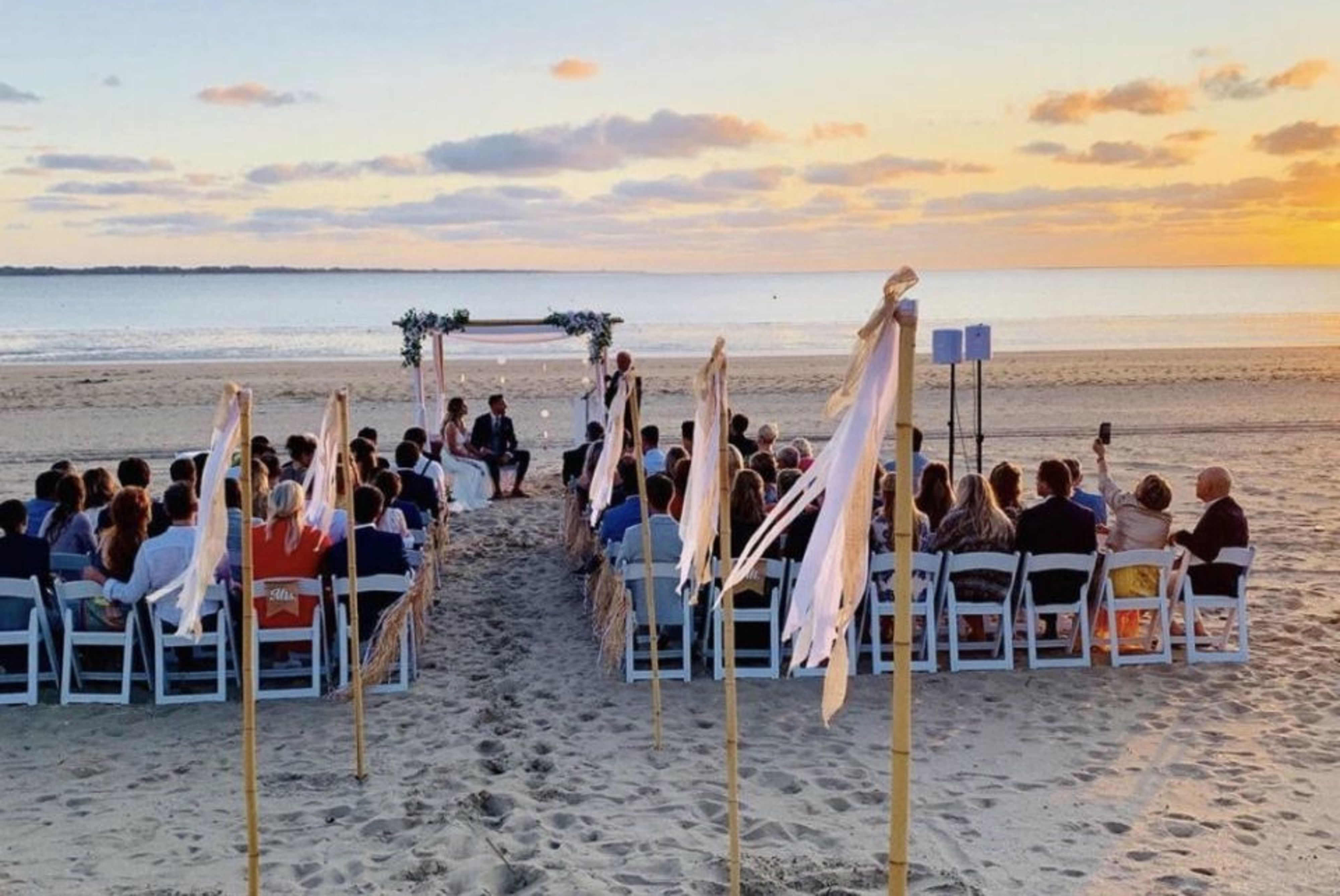 Trouwen bij Beachclub8 aan het strand van Rockanje
