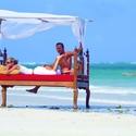 Big_jambo_safari_club_-_beachbed