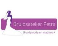 Large_bruidsmode_lichtenvoorde_bruidsatelierpetra_logo