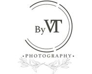 Large_trouwfotograaf_hendrikidoambacht_byvtphotography_logo