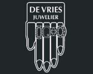 Large_trouwringen_hoorn_devriesjuwelier_logo