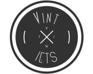 Large_bruiloftstyling_hellendoorn_vint-iets_logo