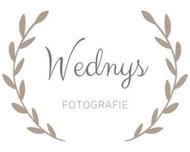 Large_trouwfotograaf_hijum_wednysfotografie_logo
