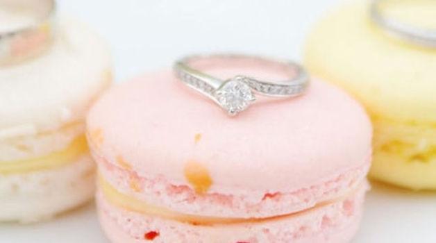 Small_macarons_trouwen