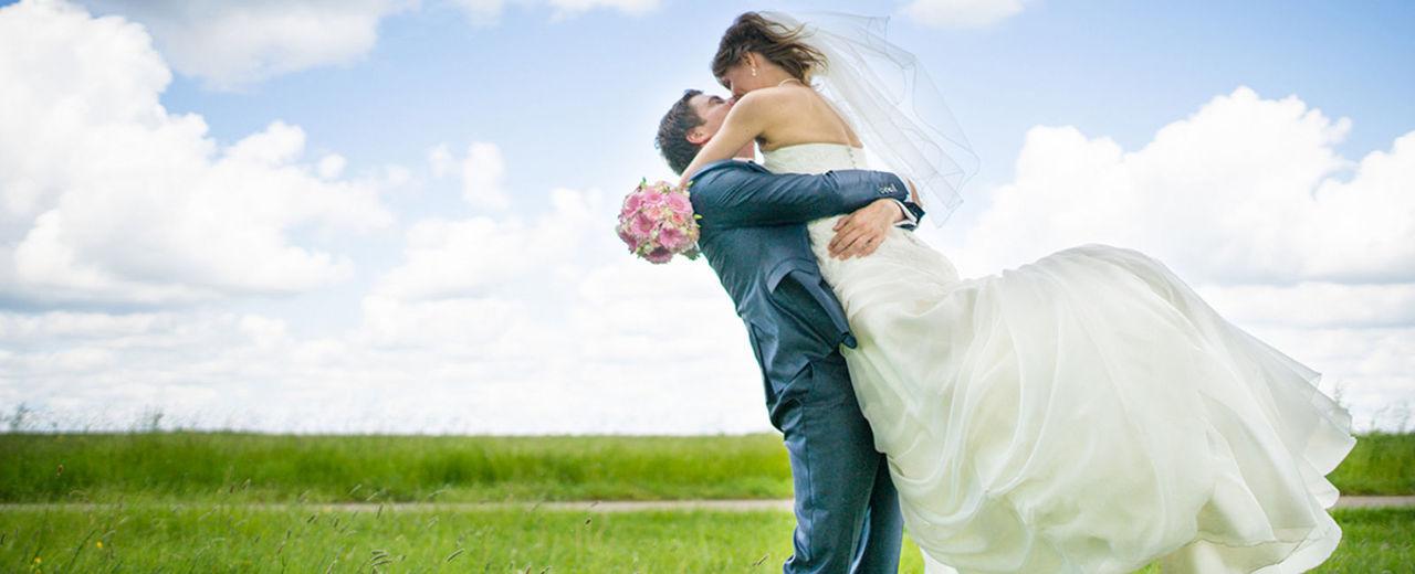 Large_trouwen_lente_bruiloft