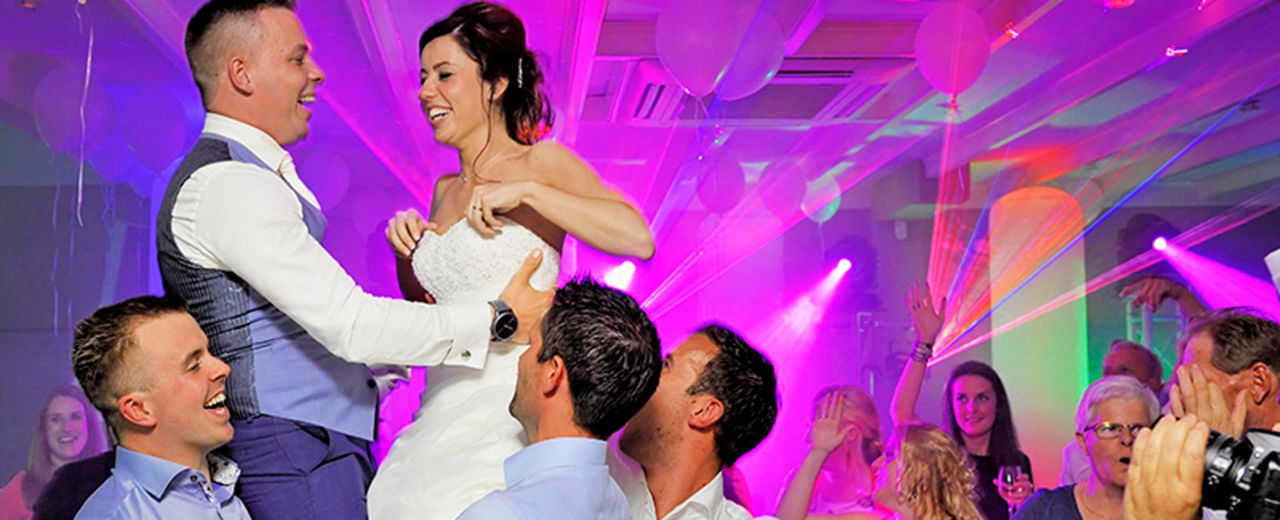 Large_trouwfeest_bruiloftdj
