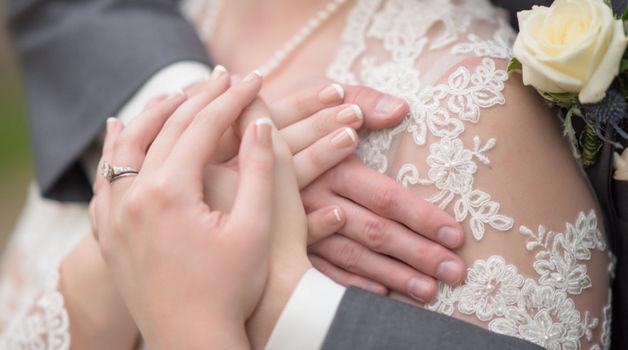Small_budget_huwelijk_trouwen_bruiloft