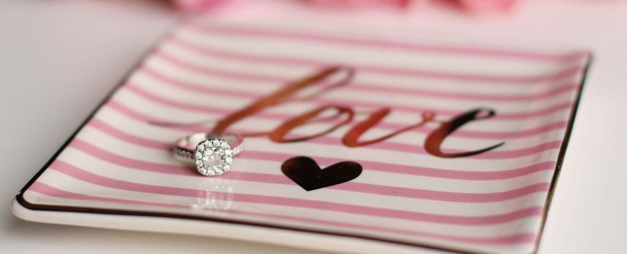 Large_huwelijksaanzoek_verlovingsring