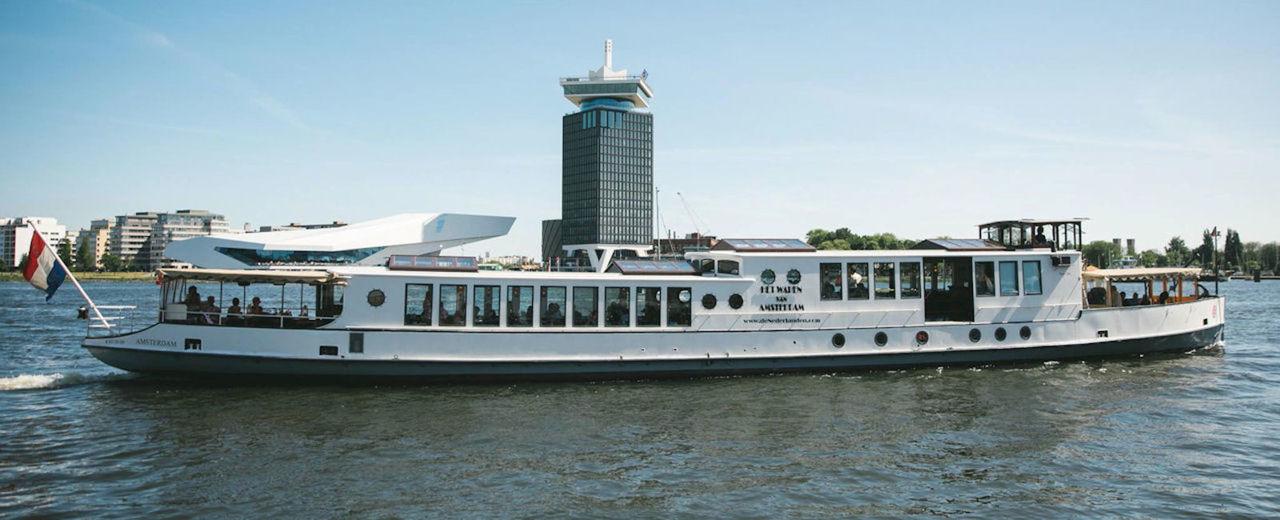Large_trouwen_amsterdam_grachten_rederij-de-nederlanden